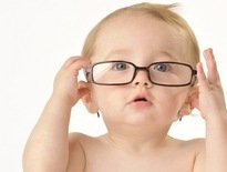 Trẻ Sơ Sinh Nhìn Thế Giới Bên Ngoài Như Thế Nào?